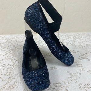 Jessica Simpson 6 M ballet flats blue /  black